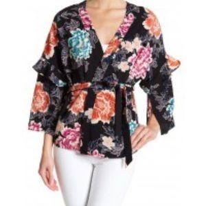 14th & Union ruffle sleeve shirt kimono medium